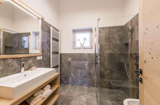 Chalet alpino Feichterhof | Tiles - Bressanone 14